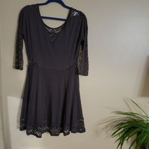FREE PEOPLE ] gray dress lace detail knee length